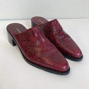 Markon Red Tooled Leather Mules size 8.5